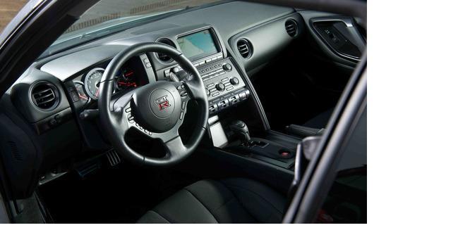 2013 Nissan GTR 2
